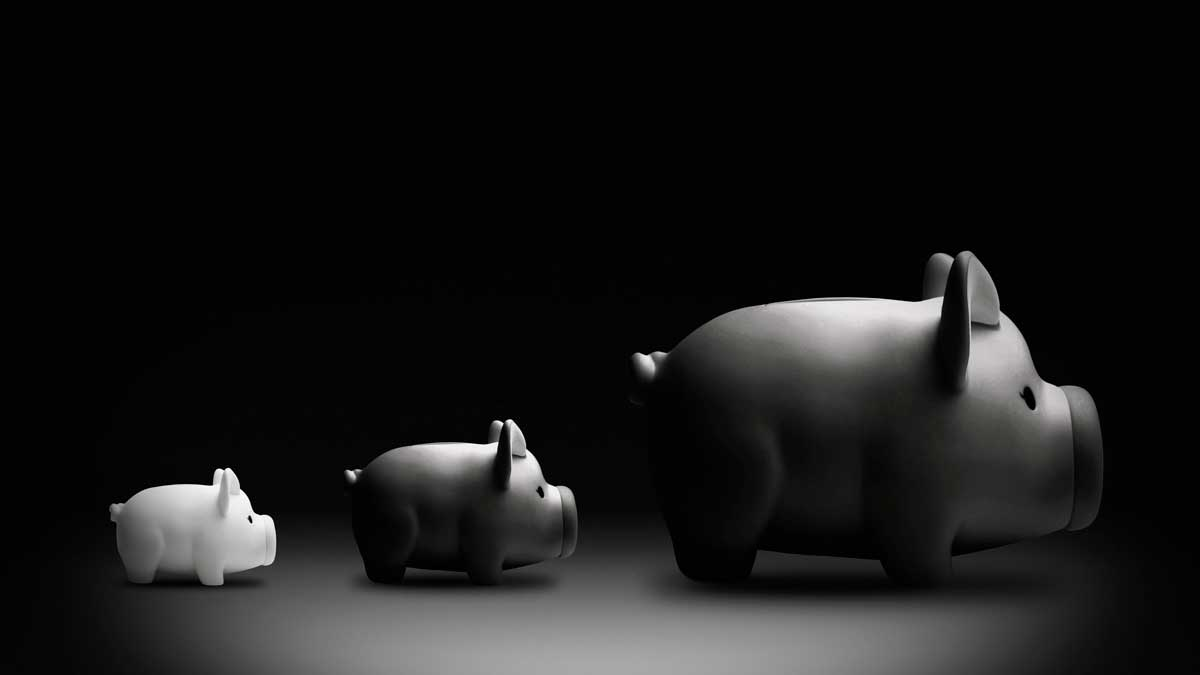 3 piggy banks taxes
